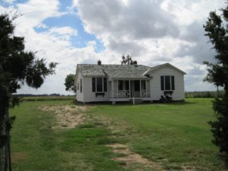 johnny cash's boyhood home historic